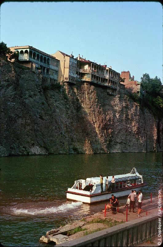 A boat on river Mtkvari